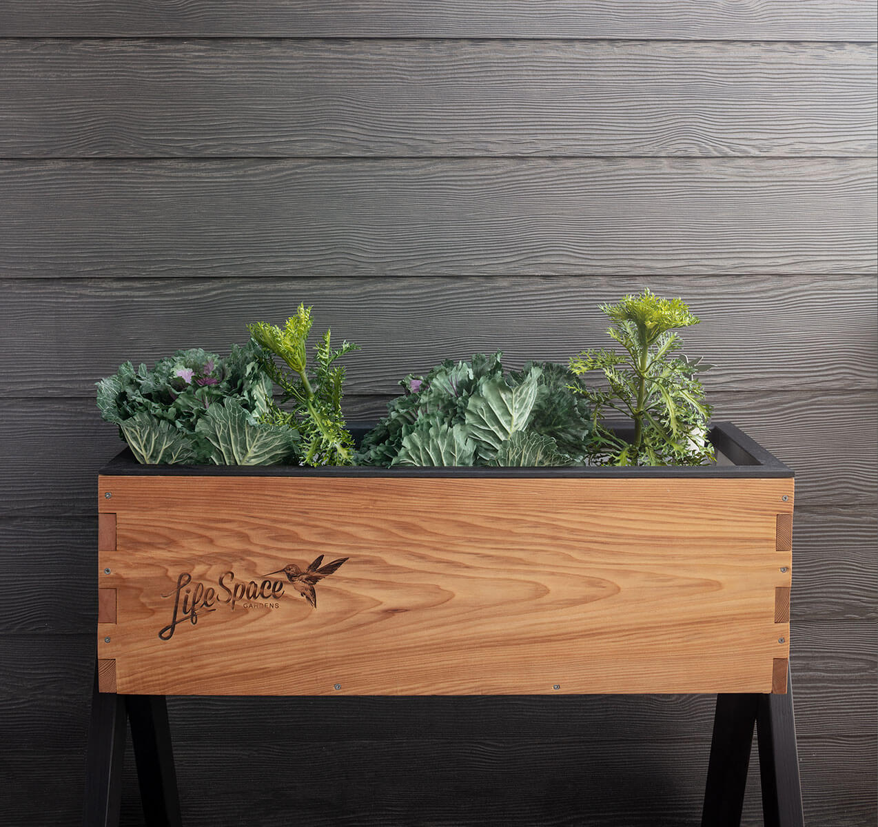 marine and fell deck planter